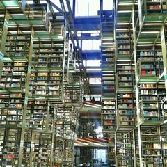 Photo taken at Biblioteca Vasconcelos by Alinne B. on 3/23/2013