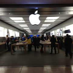 Photo taken at Apple Store, Pacific Centre by Simone D. on 10/29/2012