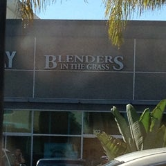Photo taken at Blenders in the Grass by Jennifer R. on 10/21/2012