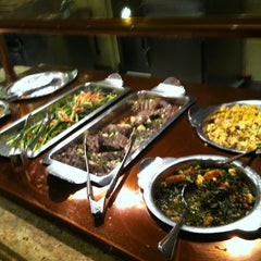 Photo taken at The Buffet @ Valley View Casino by Merwin 💞 V. on 6/10/2013