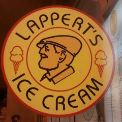 Photo taken at Lappert's Ice Cream by Merwin 💞 V. on 2/15/2015