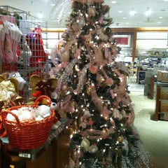 Photo taken at Macy's by Merwin 💞 V. on 10/27/2013