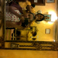 Photo taken at Sari Salon & Day Spa by Amma R. on 11/21/2012