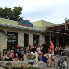 Photo taken at Bouldin Creek Café by Jonathan A. on 6/2/2013