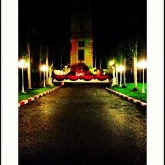 Photo taken at มหาวิทยาลัยอัสสัมชัญ (Assumption University) by 〖【♏ÄΨß∈】〗 K. on 1/7/2013