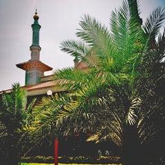 Photo taken at Masjid Raya At Taqwa Kota Cirebon by aRie on 8/8/2014