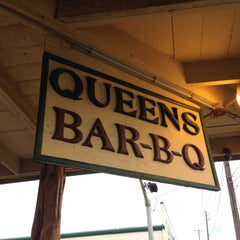 Photo taken at Queen's BBQ by Philip P. on 5/29/2013