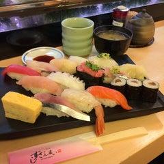 Photo taken at すしざんまい 池袋東口店 by Nanp on 3/6/2015