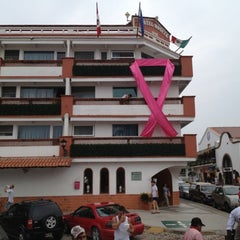 Photo taken at Hotel Rosita by Xander B. on 11/3/2012