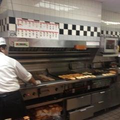 Photo taken at Steak 'n Shake by Matt M. on 11/23/2012