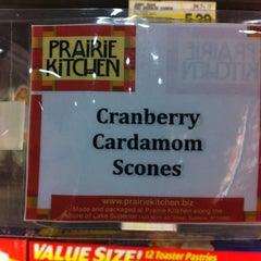 Photo taken at Mount Royal Fine Foods by Patricia O. on 11/30/2012