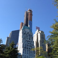 Photo taken at JW Marriott Essex House New York by sv H. on 10/21/2012