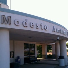 Photo taken at Modesto Amtrak (MOD) by BILL on 9/5/2011