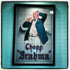 Photo taken at Quiosque Chopp Brahma by Jonh M. on 7/6/2012