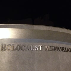 Photo taken at Holocaust Memorial Monument by Oscar Alejandro on 9/22/2013