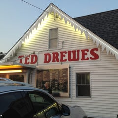 Photo taken at Ted Drewes Frozen Custard by Haley W. on 7/18/2013