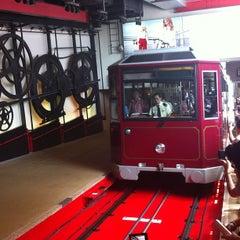 Photo taken at Peak Tram Upper Terminus 山頂纜車凌霄閣總站 by Stephy W. on 10/2/2012