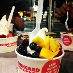 Photo taken at Pinkberry by Marco R. on 7/23/2013