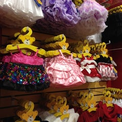Photo taken at Build-A-Bear Workshop by melbelle on 12/18/2012
