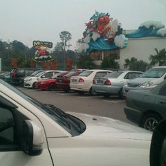 Photo taken at Melaka Wonderland by WanSue M. on 9/30/2012
