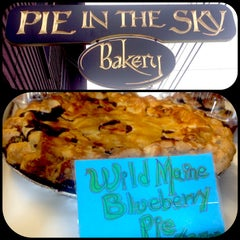 Photo taken at Pie In The Sky by 514eats on 7/19/2014
