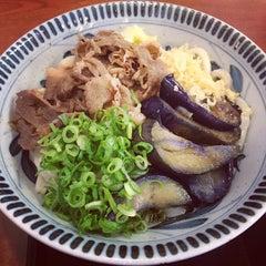 Photo taken at 香の川製麺 枚方津田店 by じゃんぼ^^ on 10/7/2013