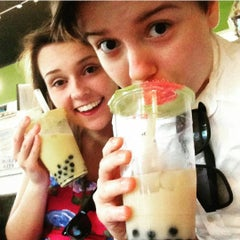 Photo taken at O-CHA Tea Bar by Mallie M. on 9/15/2015