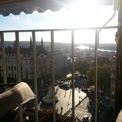 Photo taken at Caruso by Ivan D. on 11/7/2012