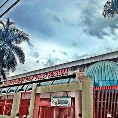 Foto tirada no(a) Estádio Romildo Vitor Gomes Ferreira por Rodrigo B. em 3/24/2013