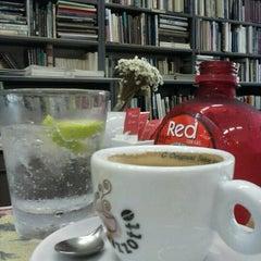 Photo taken at Caffè Olé Bistrô by Thiago F. on 1/30/2013