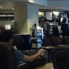 Photo taken at Starbucks by Joncarlo S. on 5/7/2013