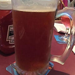 Photo taken at Gippers Sports Grill by Ro R. on 8/5/2015