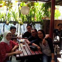 Photo taken at Yogurt Cisangkuy Bandung by Yudhi W. on 8/10/2014
