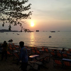 Photo taken at The Bayview Hotel Pattaya by Oaksika on 10/18/2012