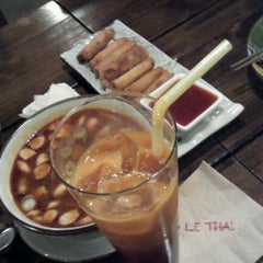 Photo taken at LE THAI / 르타이 by Hanna P. on 12/17/2012