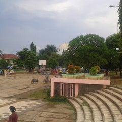 Photo taken at Alun Alun Pandeglang by 💋✌dean✌💋 on 4/27/2014