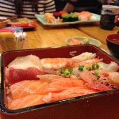 Photo taken at Oishii Japanese Restaurant & Sushi Bar by Sang L. on 12/22/2012