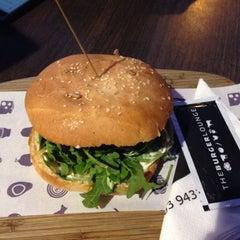 Photo taken at The Burger Lounge by Spoorthi on 11/17/2015