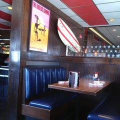 Photo taken at TGI Fridays by jay k. on 2/25/2013