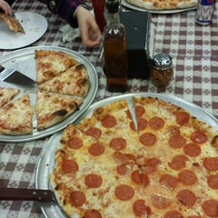 Photo taken at Two Paisans Pizzeria by Robbie L. on 11/20/2014