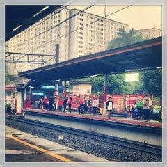 Photo taken at Stasiun Duren Kalibata by Prima R. on 7/20/2013