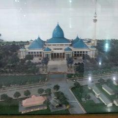 Photo taken at Masjid Nasional Al-Akbar by Delvy H. on 6/29/2013