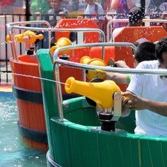 Photo taken at Water Mania by Luna Park Coney Island on 7/10/2013