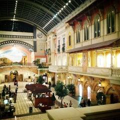 Photo taken at Mercato Mall مركز ميركاتو by Mo F. on 3/9/2013