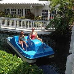 Photo taken at TradeWinds Island Resorts by Bonnie C. on 9/14/2012