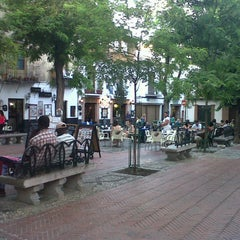 Photo taken at Plaza Larga by Mónica R. on 7/6/2013