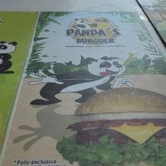 Photo taken at Panda's Burguer by Deygo A. on 5/22/2013