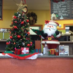 Photo taken at Los Panchos by Poria A. on 11/29/2012