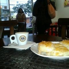 Photo taken at D'Café Cafeteria by Rafael D. on 7/16/2013