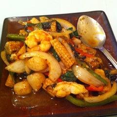 Photo taken at Hunan Taste by Aprí M. on 12/14/2012